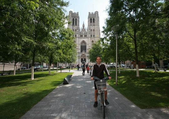 Magical History tours stop at various historical sites around Princeton. (Photo: ~Courtesy of N.J. Bike Tours)