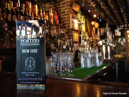 Porters Pub offers a rotating menu of 150 beers. (Photo: ~Courtesy of Porters Pub)